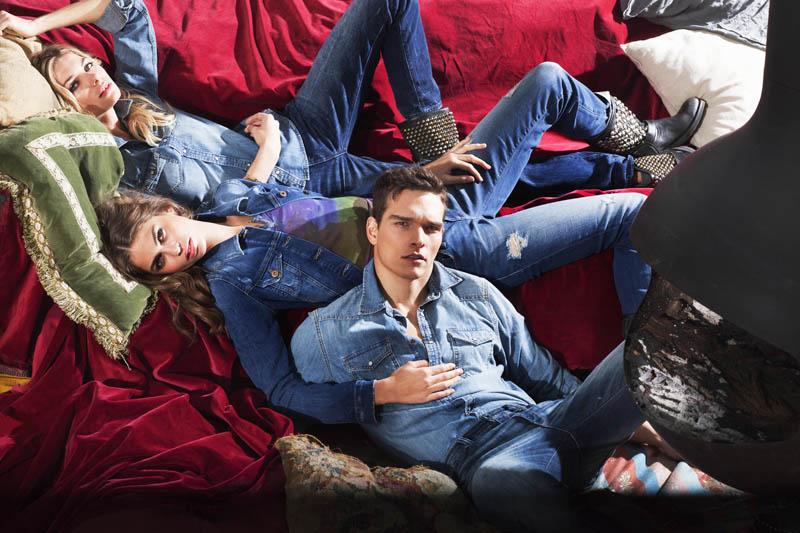 blaue-tarped-jeanshosen