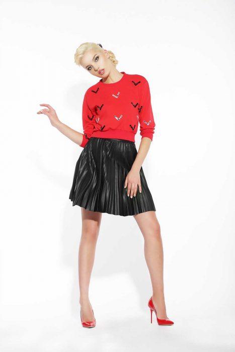 faltenrock-lederrock-pullover