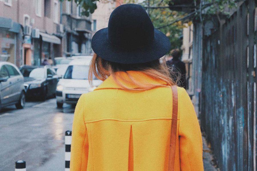 Trenchcoat Trendfarbe Gelb